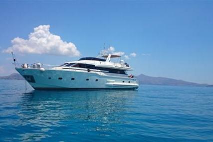 Versilcraft Falcon 83 for sale in Greece for €350,000 (£302,978)