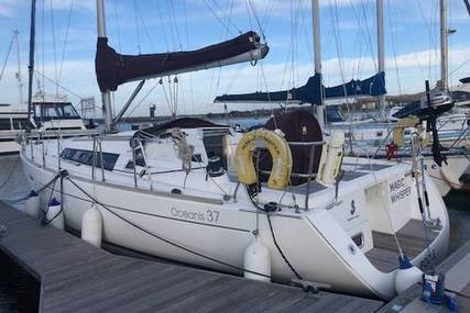 Beneteau Oceanis 37 for sale in United Kingdom for £79,995