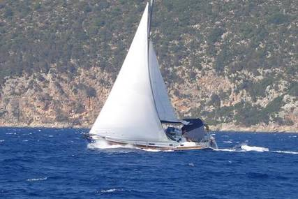 Beneteau Oceanis Clipper 411 for sale in Greece for £56,500