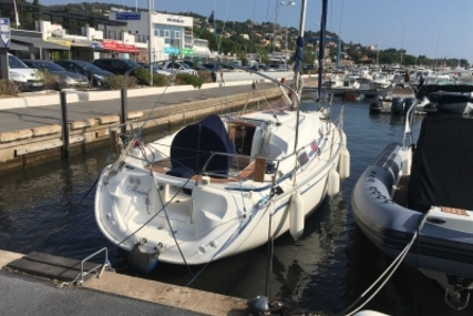 Bavaria Yachts 30 Cruiser for sale in France for €42,000 (£35,927)