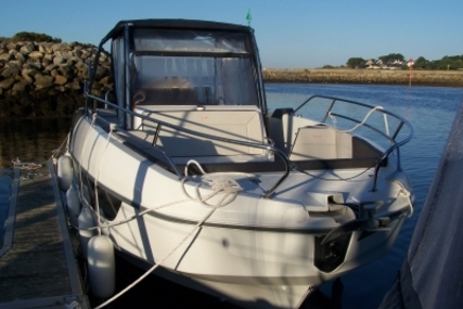 Beneteau Flyer 8.8 SpaceDeck for sale in France for €88,000 (£75,400)
