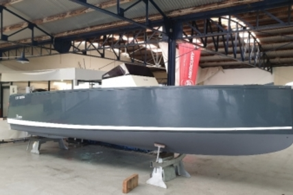 Smartboat 23 for sale in France for €39,000 (£33,243)