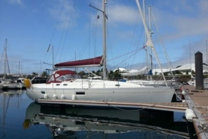 Beneteau Oceanis 351 for sale in France for €49,000 (£42,326)