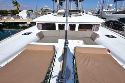 Lagoon 450 for sale in Spain for €435,000 (£370,790)