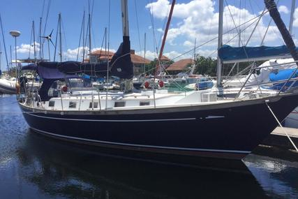 Perry 41 for sale in Philippines for $69,000 (£52,105)