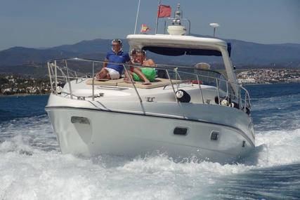 Sealine S38 for sale in Spain for £120,000