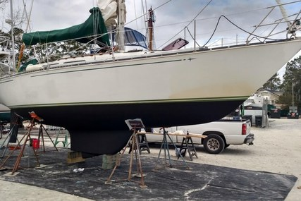 C & C Yachts 34 for sale in United States of America for $25,000 (£17,911)