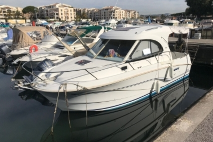 Beneteau Antares Serie 8 for sale in France for €50,000 (£43,175)