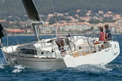 Beneteau Oceanis 38.1 for sale in Italy for €129,000 (£113,223)