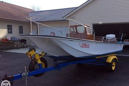 Boston Whaler 17 for sale in United States of America for $15,250 (£11,491)