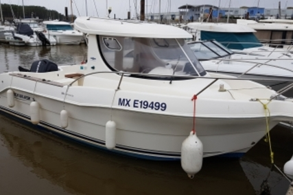 Quicksilver 640 Pilothouse for sale in France for €16,900 (£14,460)