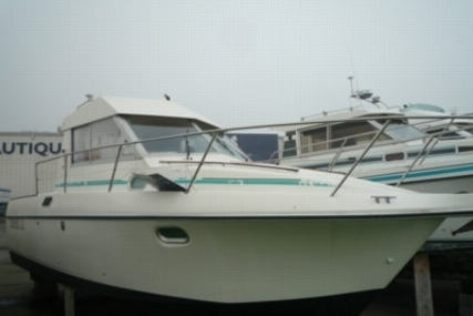 Beneteau Antares 805 for sale in France for €15,000 (£12,953)