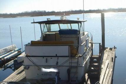 Bertram Salon Cruiser Double Cabin for sale in United States of America for $24,100 (£18,727)