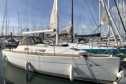 Jeanneau Sun Odyssey 33i for sale in France for €62,000 (£53,555)