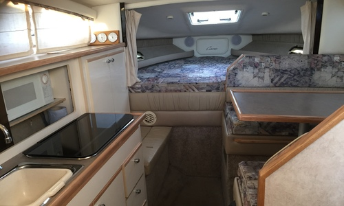 Image of Bayliner Ciera 2855 Sunbridge for sale in United Kingdom for £24,995 Chertsey, United Kingdom