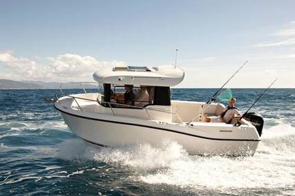 Quicksilver Captur 605 Pilothouse for sale in United Kingdom for £38,845