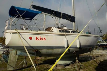 Catalina 30 for sale in United States of America for $17,500 (£13,362)