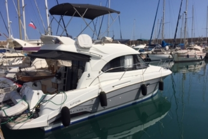 Beneteau Antares 30 for sale in France for €115,000 (£99,670)