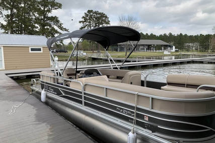 Sun Tracker 24 XP3 for sale in United States of America for $44,500 (£34,285)