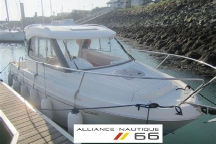 Beneteau Antares 680 HB for sale in France for €29,000 (£24,814)