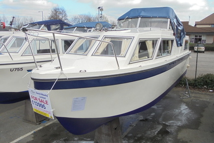 Viking Yachts 26 Centre cockpit 'Slice of Life' for sale in United Kingdom for £13,995