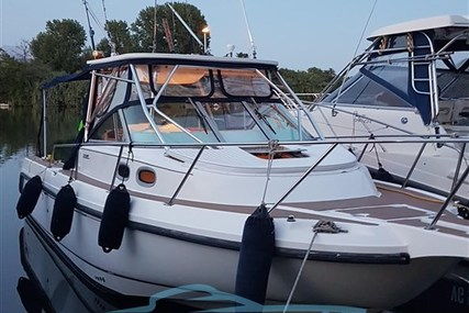 Boston Whaler 28 Conquest for sale in Italy for €65,000 (£58,328)