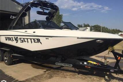 Malibu 247 LSV for sale in United States of America for $59,000 (£45,659)