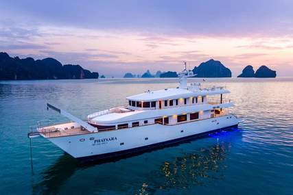 Custom Incat Crowther 37M Power Catamaran for sale in Thailand for $3,950,000 (£3,037,340)