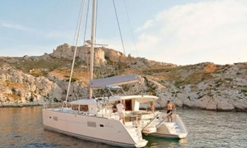 Image of Lagoon 400 S2 for sale in Turkey for €255,000 (£223,912) FETHIYE, Turkey