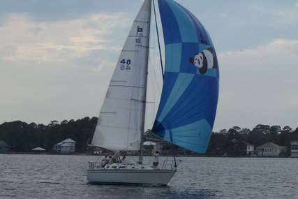 Pearson 33-2 for sale in United States of America for $23,000 (£18,444)
