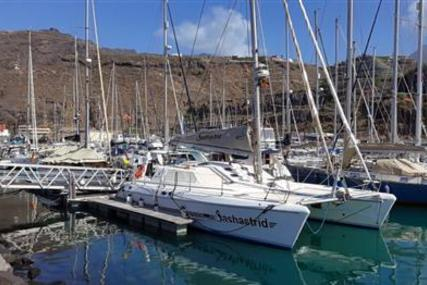 Knysna 440 for sale in Spain for €250,000 (£216,087)