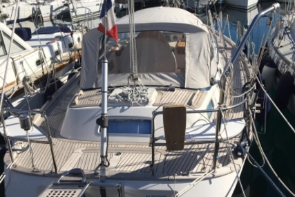 Hallberg-Rassy 36 MK II for sale in France for €155,000 (£136,044)