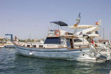 Menorquin 160 Fly for sale in Spain for €130,000 (£112,600)