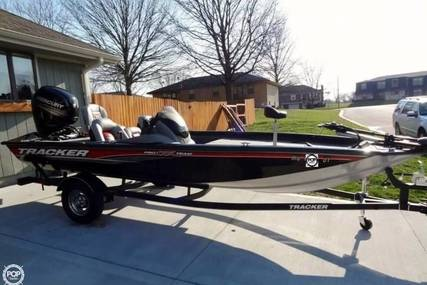 Tracker Pro Team 175 TXW for sale in United States of America for $17,995 (£14,458)