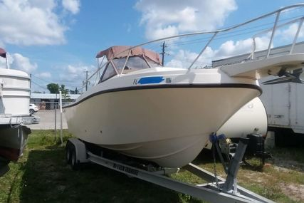 Mako 240 Walkaround for sale in United States of America for $12,250 (£9,775)