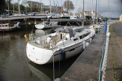 Bavaria Yachts Bavaria Cruiser 37 for sale in United Kingdom for £125,000