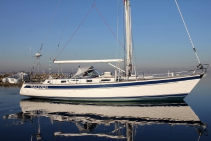 Hallberg-Rassy 46 for sale in Netherlands for €339,000 (£292,827)
