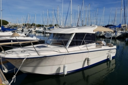 Ocqueteau 725 for sale in France for €29,000 (£26,069)