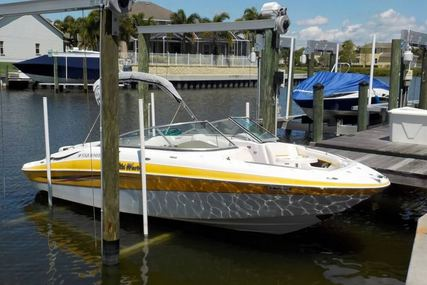 Four Winns 240 Horizon for sale in United States of America for $25,700 (£20,536)