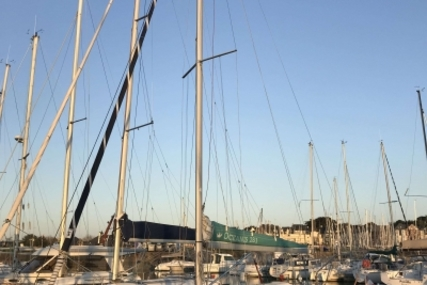 Beneteau Oceanis 281 for sale in France for €28,000 (£24,238)