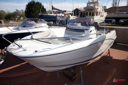 Jeanneau Cap Camarat 6.5CC Series III for sale in United Kingdom for £44,950