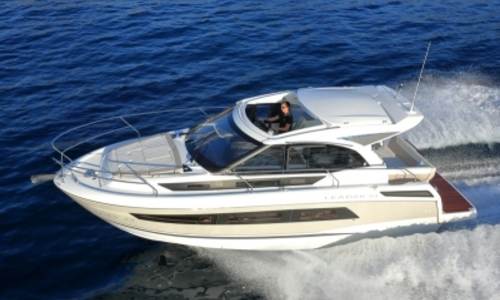 Image of Jeanneau Leader 33 for sale in France for €235,000 (£203,673) HYERES, France