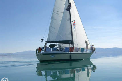Ericson Yachts 30 Plus for sale in United States of America for $33,500 (£25,997)