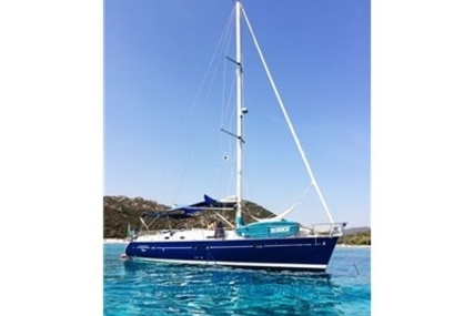 Beneteau Oceanis 411 for sale in Italy for €64,000 (£56,198)