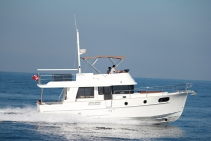 Beneteau Swift Trawler 44 for sale in France for €549,000 (£483,943)