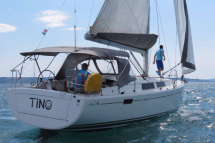 Hanse 385 for sale in Croatia for €120,000 (£104,003)