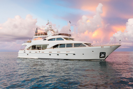 Benetti Tradition 100 for sale in France for $4,495,000 (£3,586,789)