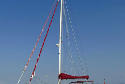 Outremer (FR) Outremer 42 for sale in  for €338,000 (£288,421)