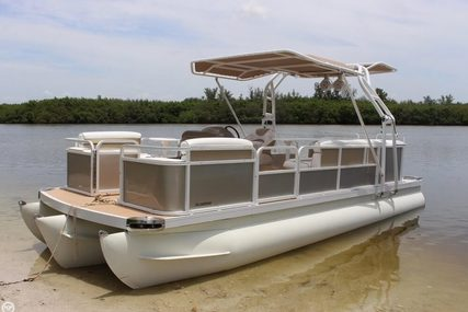 Godfrey Pontoon Custom 20 for sale in United States of America for $22,750 (£17,528)