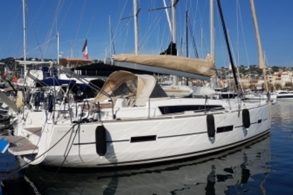 Dufour Yachts 410 Grand Large for sale in France for €155,000 (£136,044)